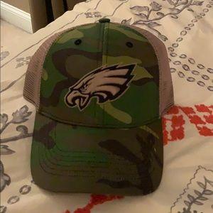 Never worn camo philadelphia eagles hat